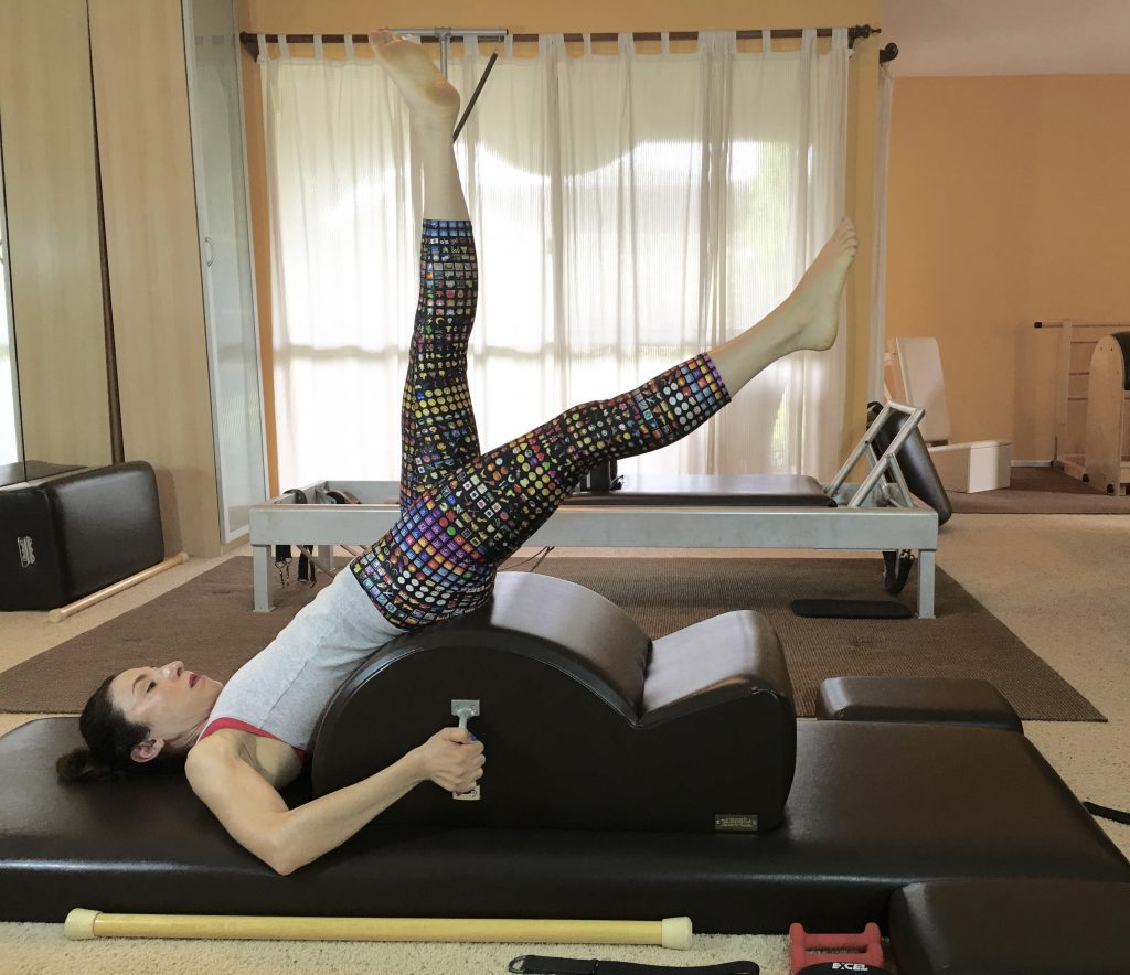 Exercise Expose: How to Lower your Legs in the Hundred