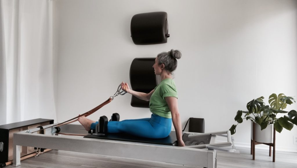 Into the Rowing Series on the Reformer